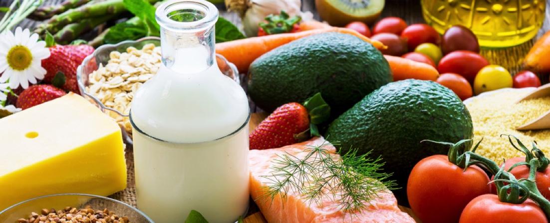 Mit Ernährung Osteoporose beeinflussen.